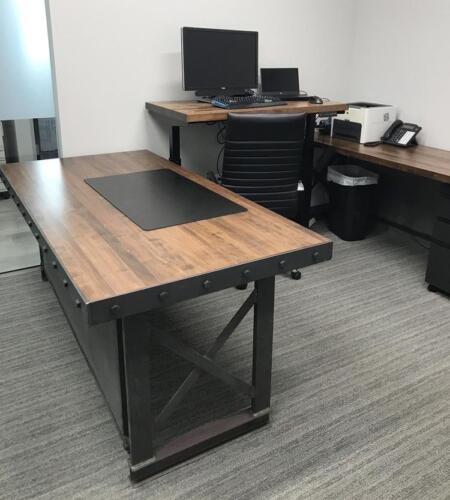 Summit Executive Center office environment